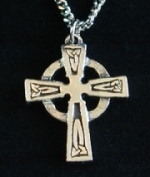 Celtic Circle Cross and Chain